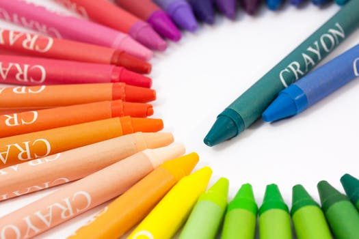 Asbestos found in some crayons, consumer group finds